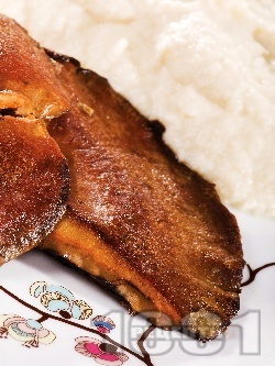 Печени гъби рижики с пюре от целина - снимка на рецептата